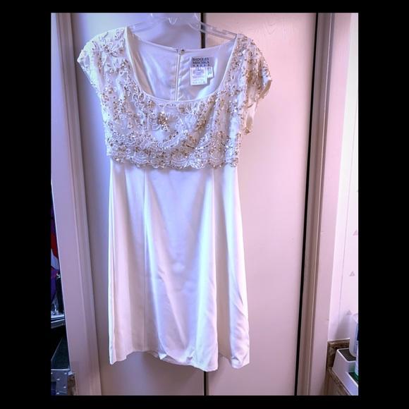 Badgley Mischka Dresses & Skirts - Badgley Mischka beaded and sequined  dress